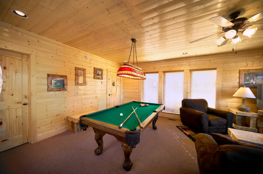 Photo of a Sevierville Cabin named Awesome Views - This is the twenty-second photo in the set.