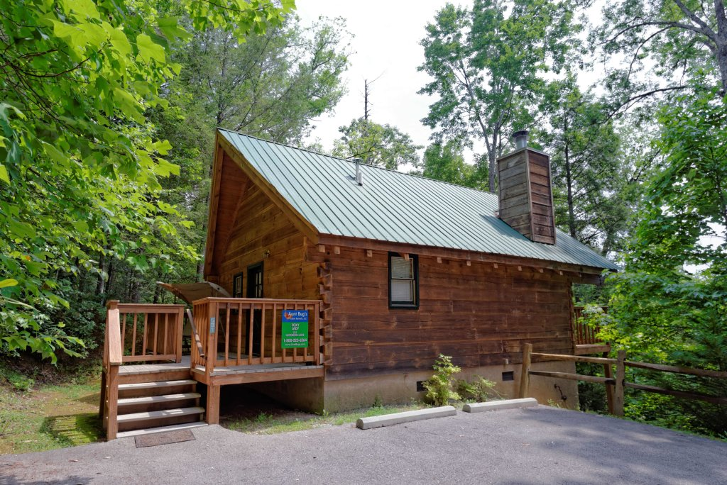 Photo of a Gatlinburg Cabin named Foxy Lady #1531 - This is the eighteenth photo in the set.