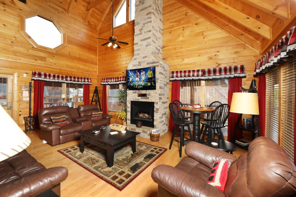 Photo of a Pigeon Forge Cabin named Celebration Lodge - This is the fourth photo in the set.