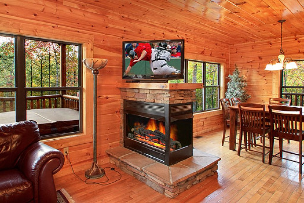 Photo of a Gatlinburg Cabin named Southern Comfort - This is the sixth photo in the set.
