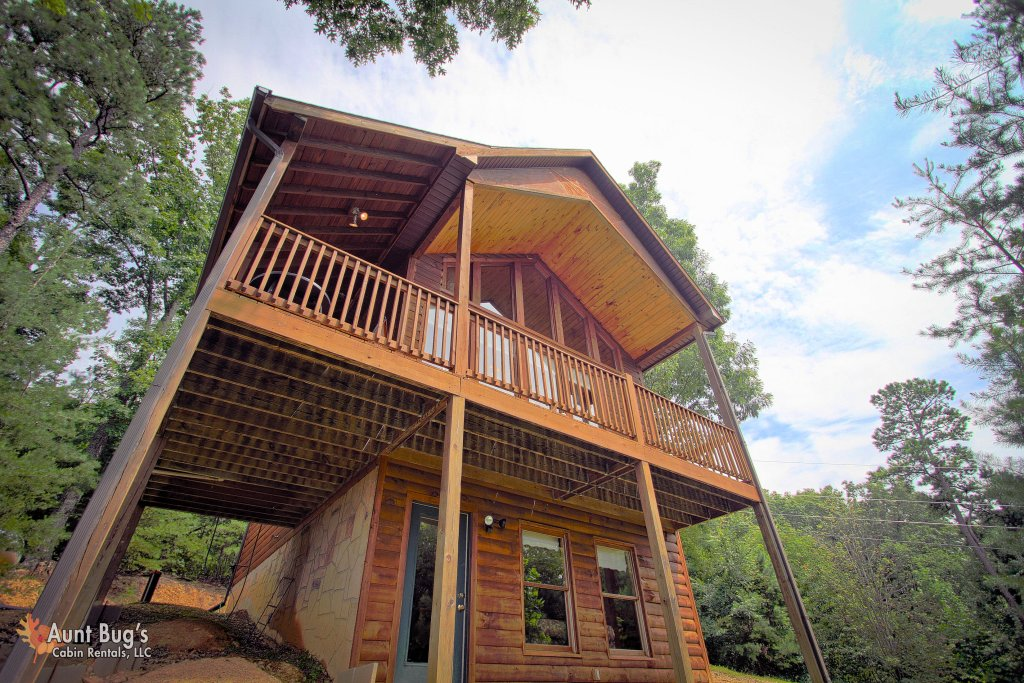 Photo of a Pigeon Forge Cabin named A Smoky Mountain Dream #291 - This is the first photo in the set.