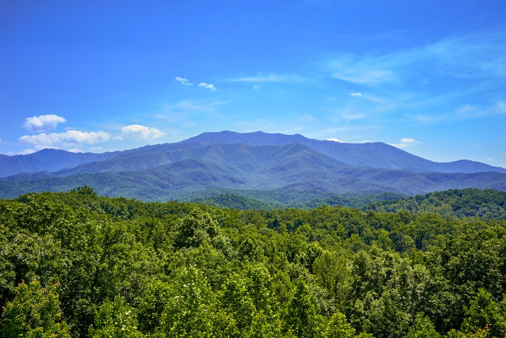 Photo of a Gatlinburg Cabin named Stairway To Heaven - This is the second photo in the set.