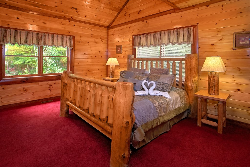 Photo of a Gatlinburg Cabin named Live, Laugh, Love Pool Lodge - This is the twentieth photo in the set.