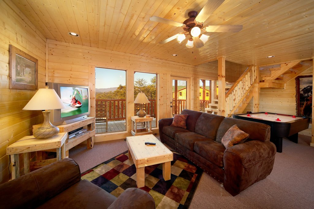 Photo of a Sevierville Cabin named Awesome Views - This is the fourth photo in the set.