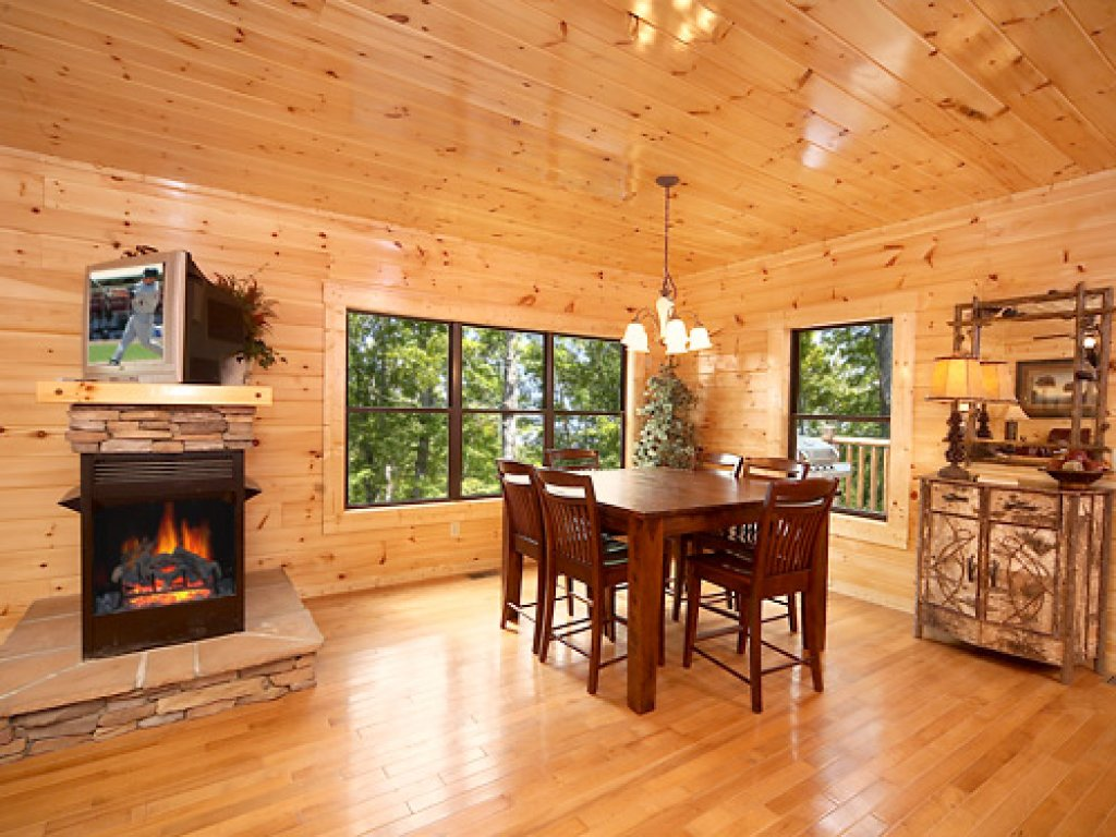 Photo of a Gatlinburg Cabin named Southern Comfort - This is the seventh photo in the set.