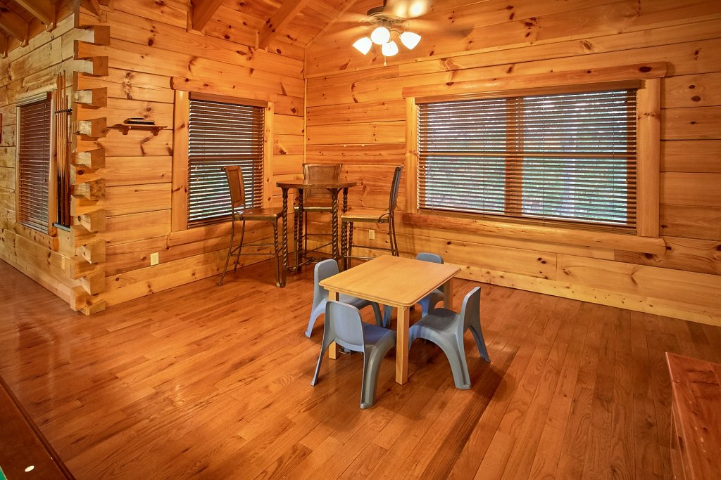 Photo of a Pigeon Forge Cabin named Pinnacle Vista - This is the twentieth photo in the set.