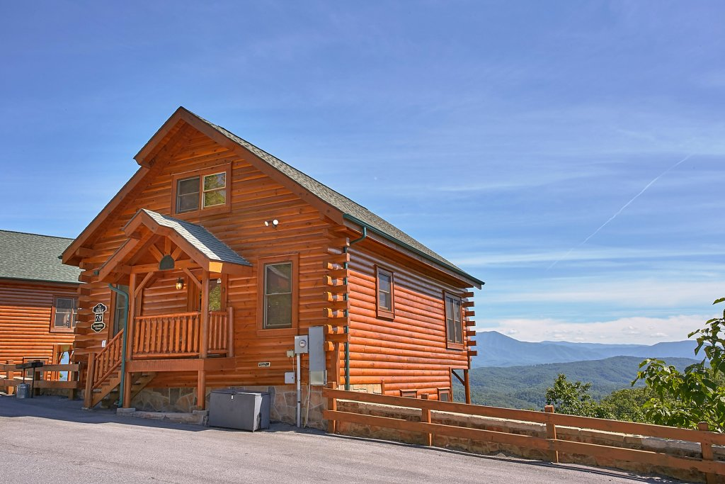 Photo of a Pigeon Forge Cabin named Incredible Views - This is the nineteenth photo in the set.
