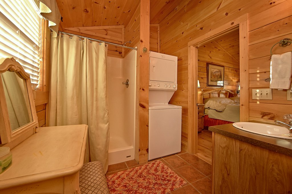 Photo of a Pigeon Forge Cabin named Buckhead #259 - This is the twelfth photo in the set.