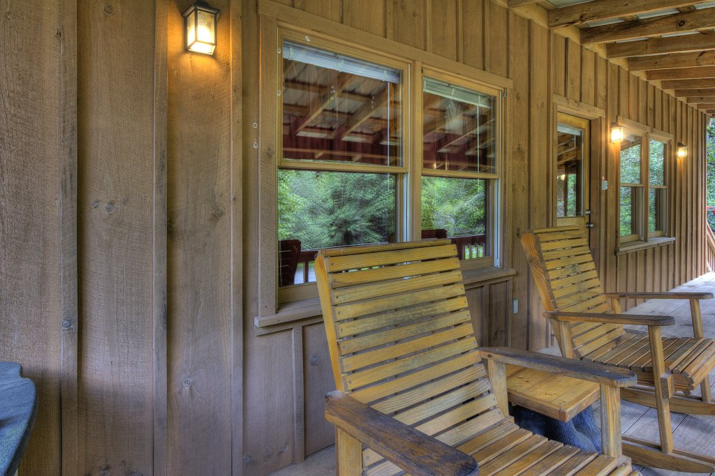 Photo of a Pigeon Forge Cabin named Stream Of Love #374 - This is the eighth photo in the set.