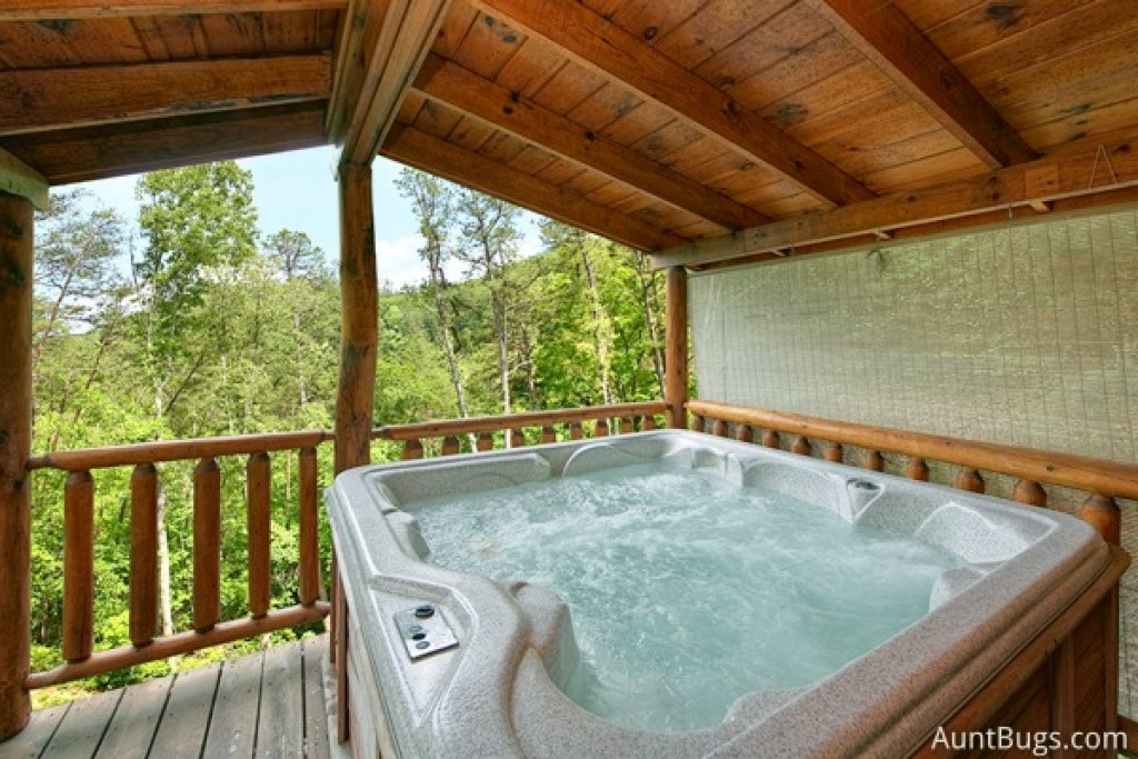 Photo of a Gatlinburg Cabin named Highlander #224 - This is the fifteenth photo in the set.