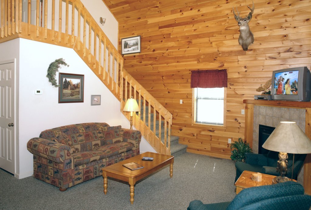 Photo of a Gatlinburg Cabin named Mountain Hideaway #338 - This is the ninth photo in the set.