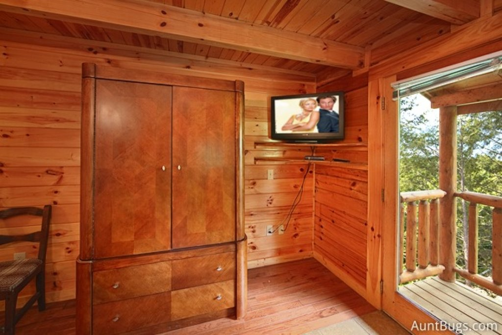 Photo of a Gatlinburg Cabin named Highlander #224 - This is the twenty-third photo in the set.