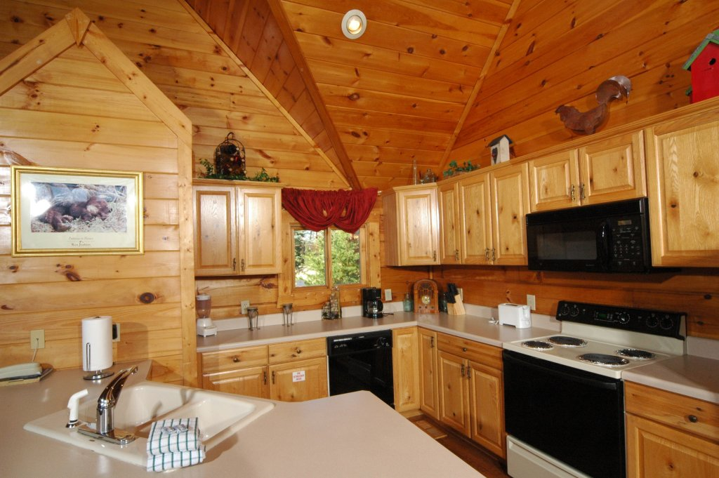 Photo of a Gatlinburg Cabin named Eagle's Nest #379 - This is the twelfth photo in the set.