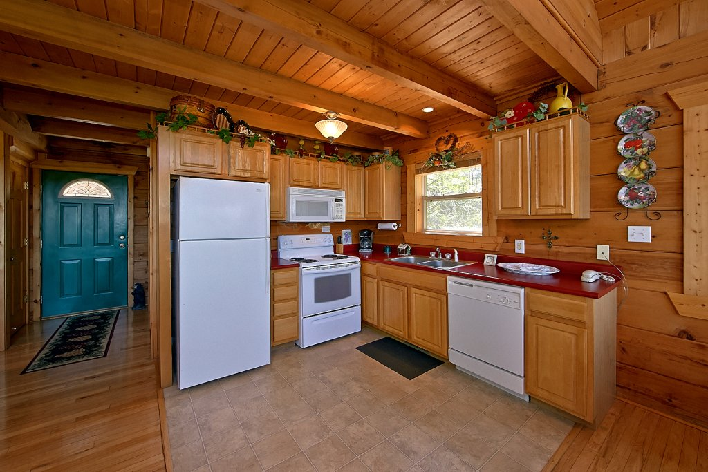 Photo of a Gatlinburg Cabin named American Dream #142 - This is the thirteenth photo in the set.