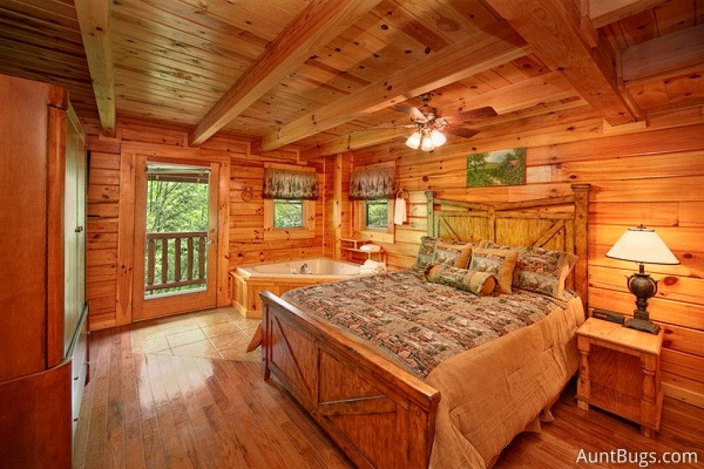 Photo of a Gatlinburg Cabin named Highlander #224 - This is the twenty-first photo in the set.