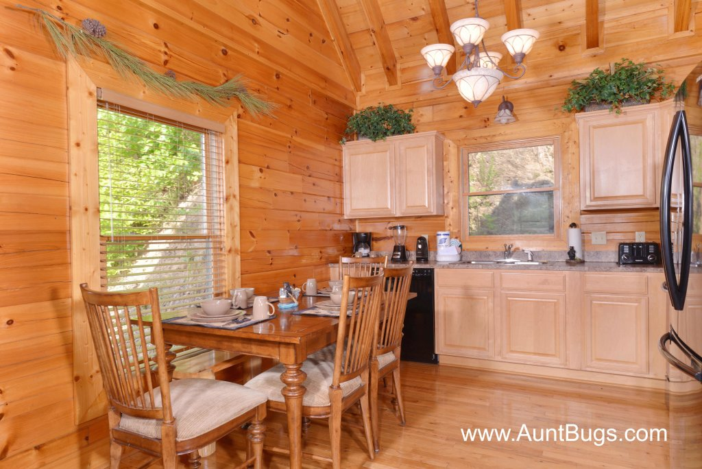 Photo of a Sevierville Cabin named Poolside Retreat #221 - This is the twenty-fourth photo in the set.