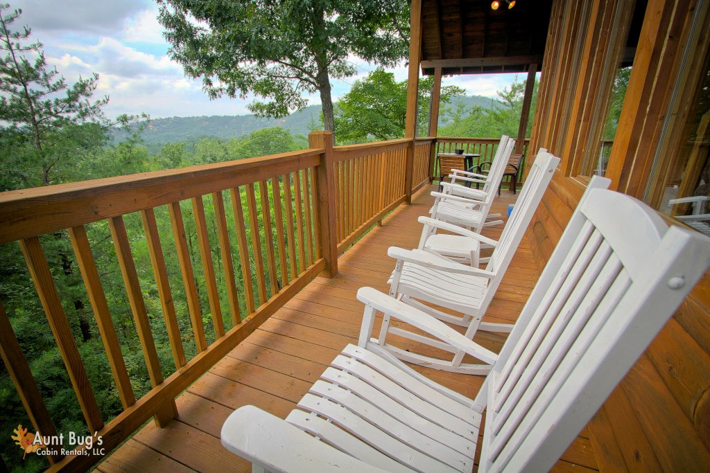 Photo of a Pigeon Forge Cabin named A Smoky Mountain Dream #291 - This is the seventeenth photo in the set.