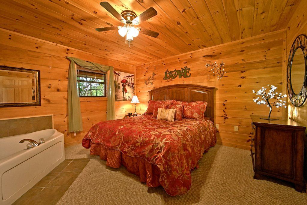Photo of a Pigeon Forge Cabin named Dream Maker #120 - This is the third photo in the set.