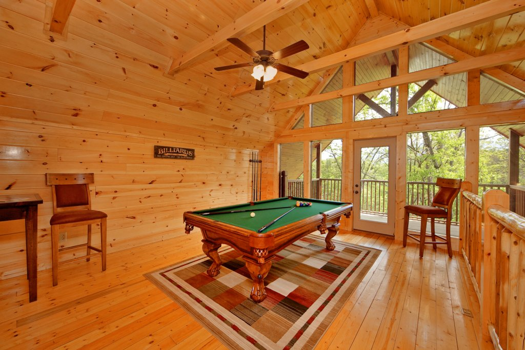 Photo of a Gatlinburg Cabin named Cherokee Charm - This is the sixth photo in the set.