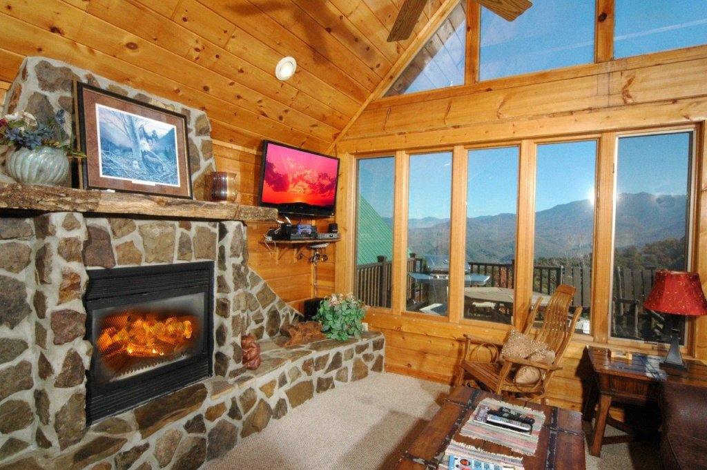 Photo of a Gatlinburg Cabin named Eagle's Nest #379 - This is the fifth photo in the set.