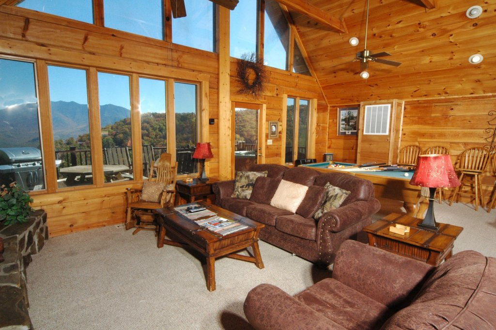 Photo of a Gatlinburg Cabin named Eagle's Nest #379 - This is the eighth photo in the set.