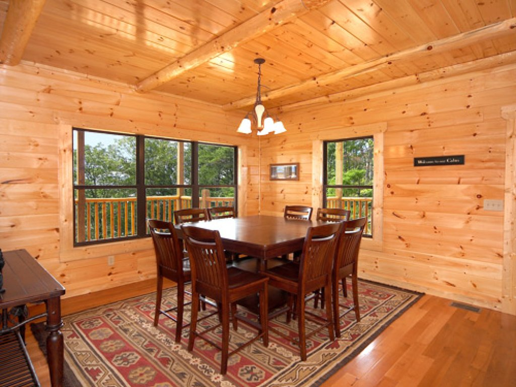 Photo of a Gatlinburg Cabin named Majestic Views - This is the seventh photo in the set.