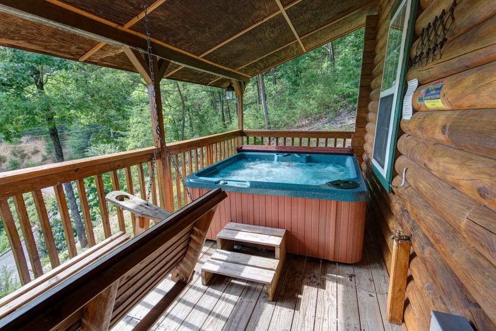 Photo of a Pigeon Forge Cabin named Serendipity - This is the twentieth photo in the set.