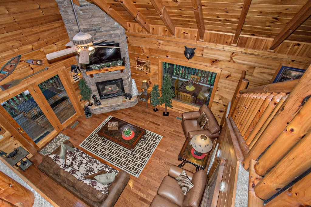 Photo of a Pigeon Forge Cabin named Cedar Forest - This is the twelfth photo in the set.