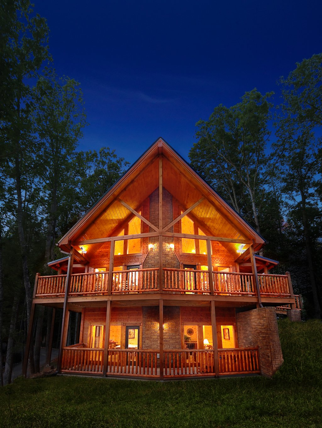 Photo of a Gatlinburg Cabin named Southern Philosophy - This is the first photo in the set.