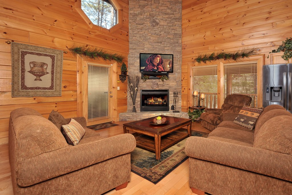 Photo of a Pigeon Forge Cabin named Enchanted Forest - This is the fourth photo in the set.