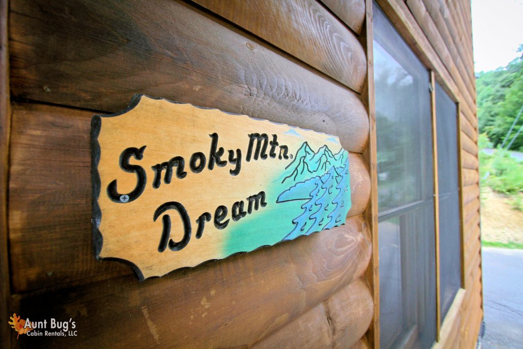Photo of a Pigeon Forge Cabin named A Smoky Mountain Dream #291 - This is the sixty-second photo in the set.