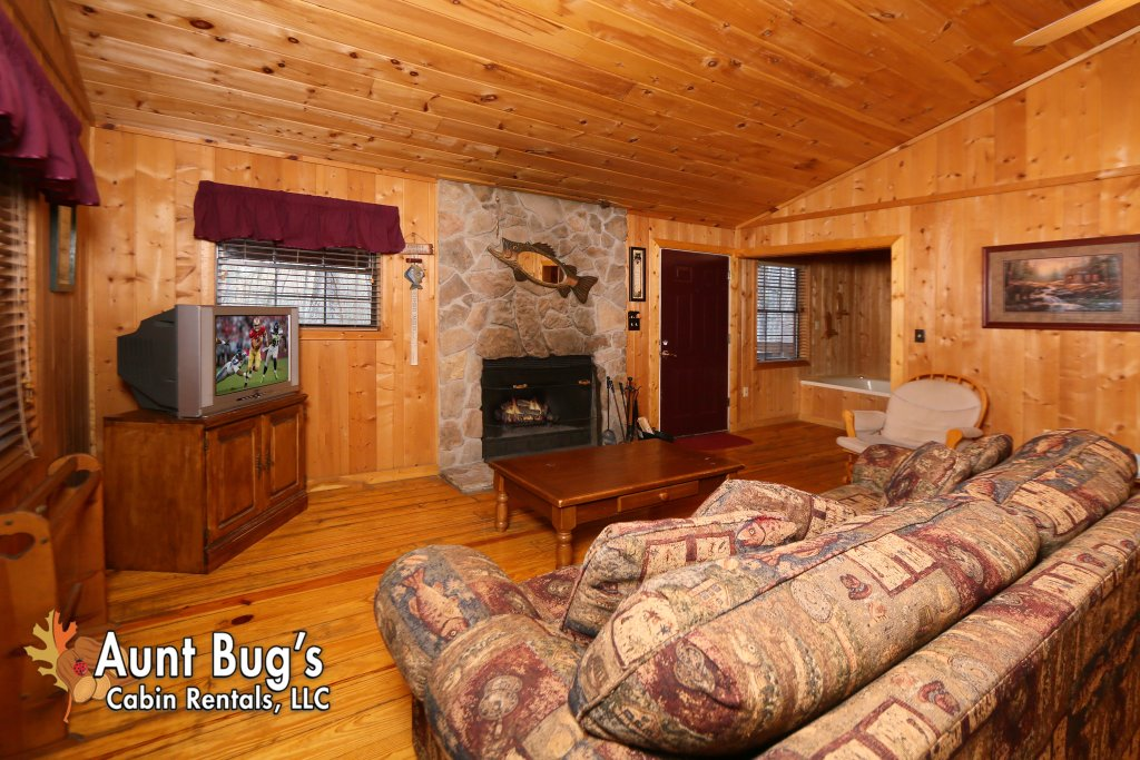 Photo of a Gatlinburg Cabin named Secret Hideaway #195 - This is the seventh photo in the set.