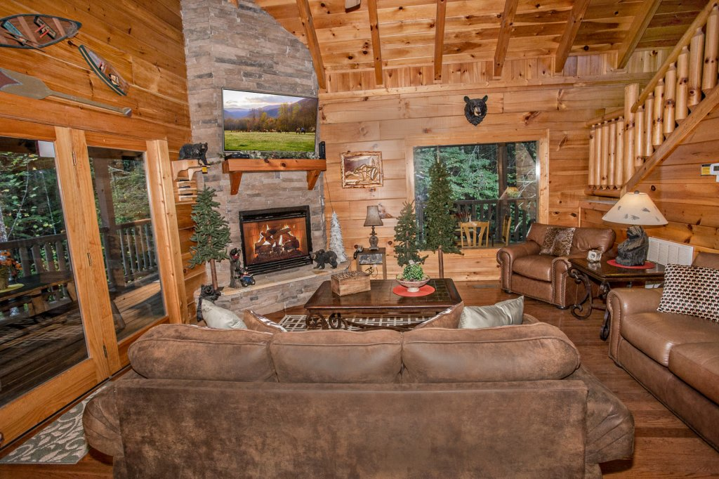 Photo of a Pigeon Forge Cabin named Cedar Forest - This is the seventh photo in the set.