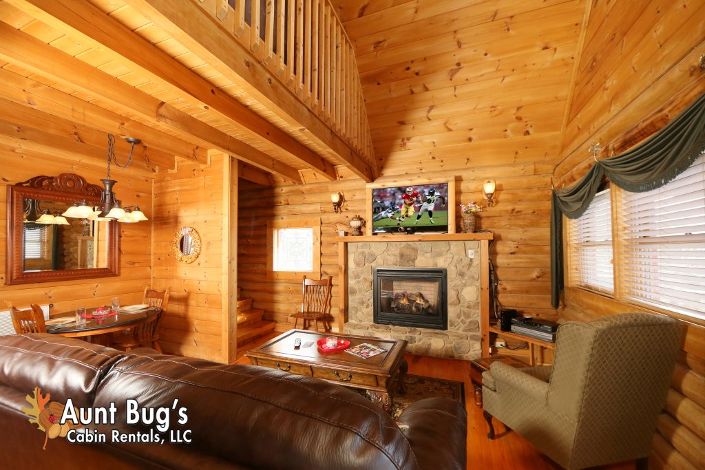 Photo of a Pigeon Forge Cabin named A Slice Of Paradise #161 - This is the third photo in the set.