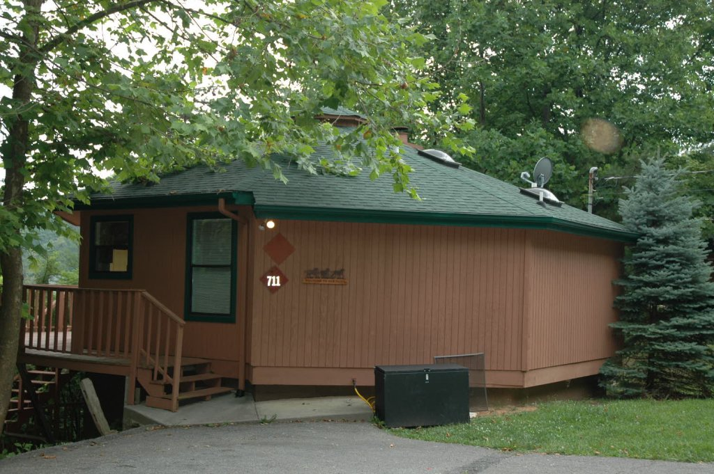 Photo of a Gatlinburg Cabin named Mountain Memory #711 - This is the fifteenth photo in the set.