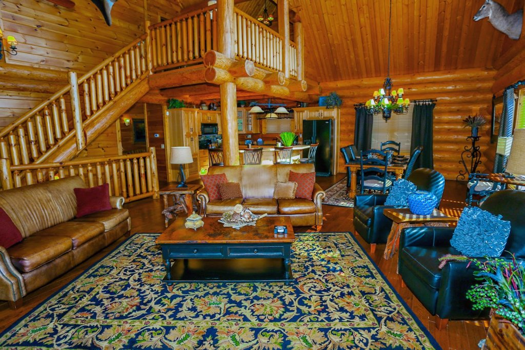 Photo of a Pigeon Forge Cabin named Mountaintop Paradise - This is the sixth photo in the set.