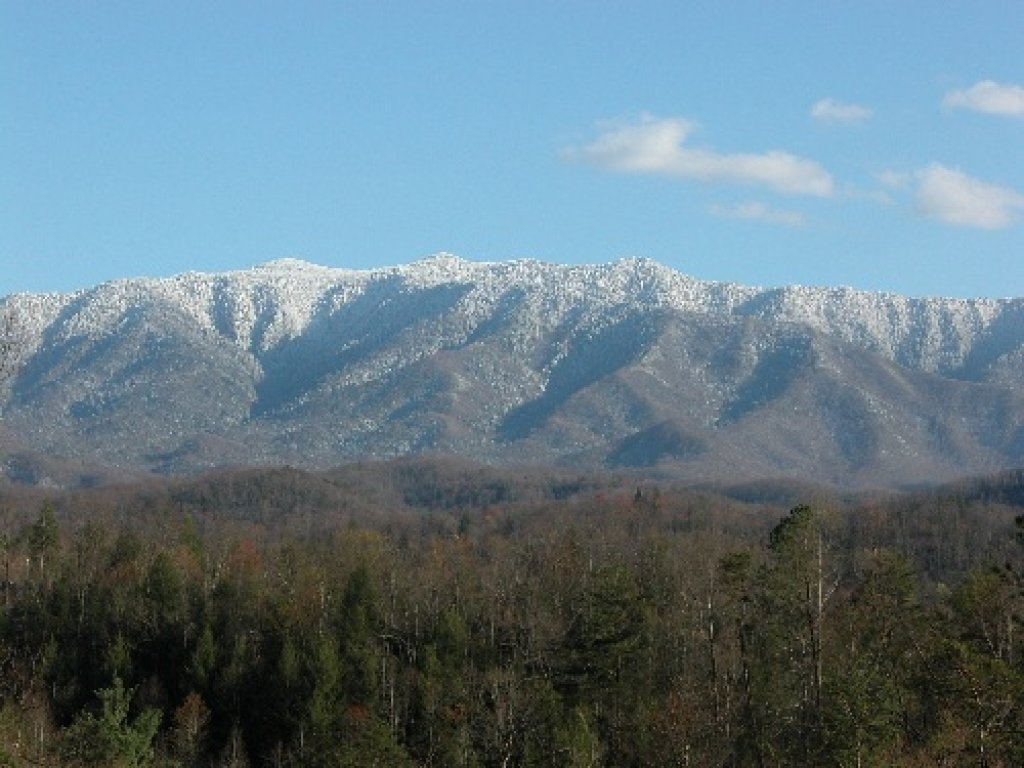 Photo of a Pigeon Forge Cabin named Mountaintop Paradise - This is the twenty-second photo in the set.