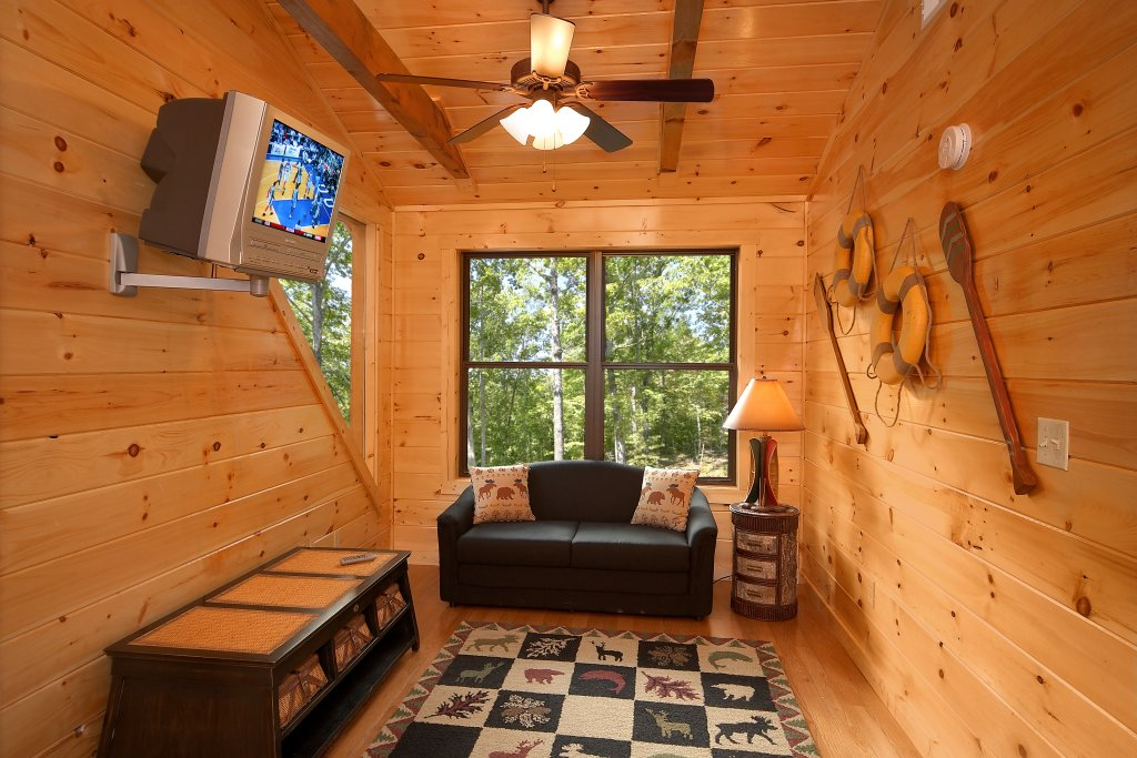 Photo of a Gatlinburg Cabin named Southern Philosophy - This is the fourteenth photo in the set.