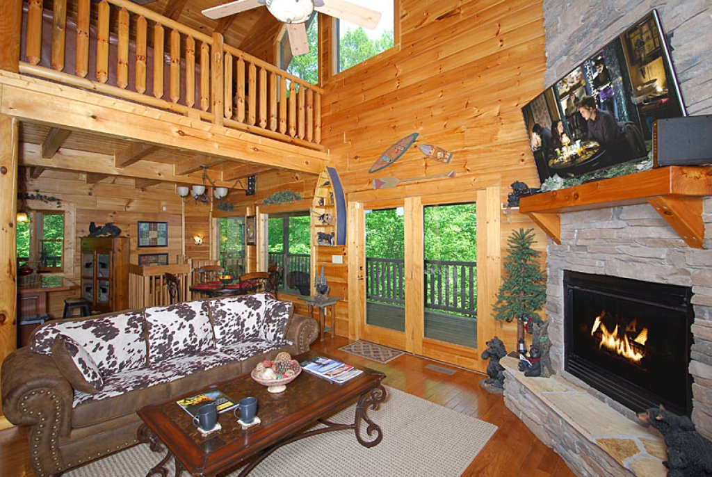 Photo of a Pigeon Forge Cabin named Cedar Forest - This is the eighth photo in the set.