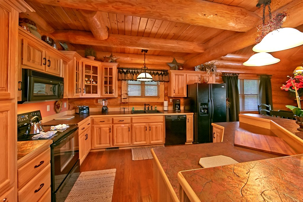 Photo of a Pigeon Forge Cabin named Mountaintop Paradise - This is the ninth photo in the set.