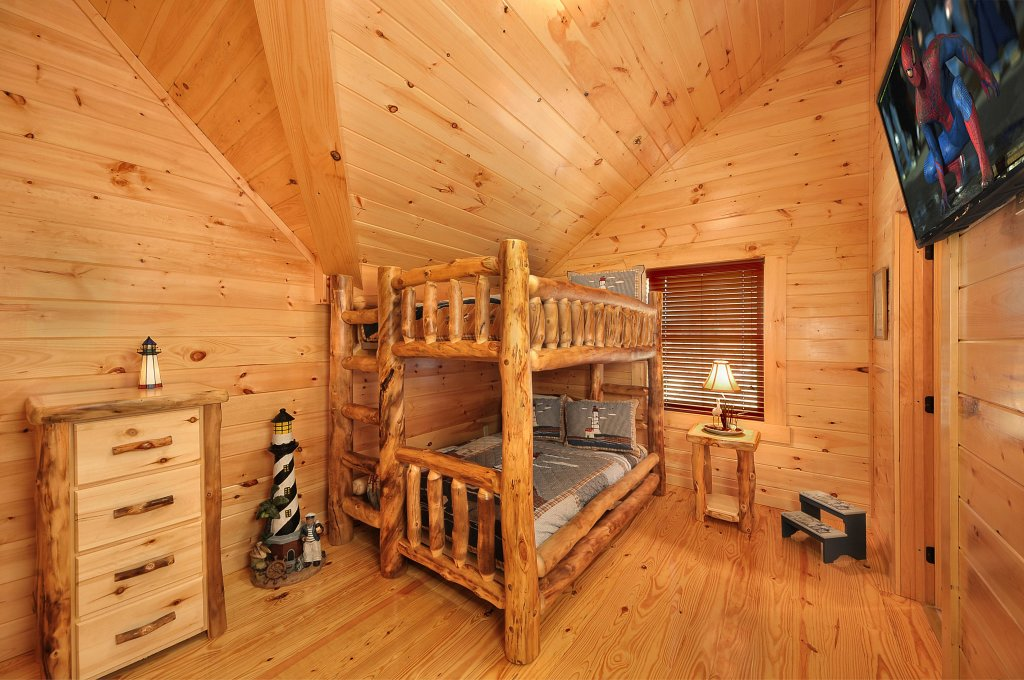 Photo of a Pigeon Forge Cabin named Kings Mountain Lodge - This is the twenty-first photo in the set.