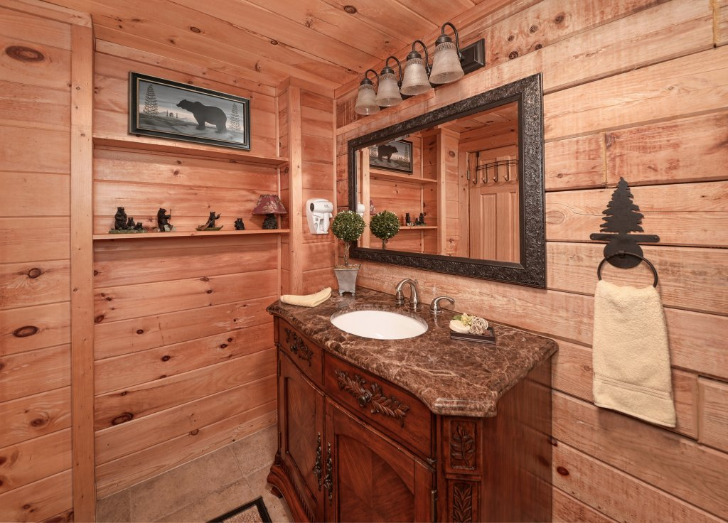 Photo of a Pigeon Forge Cabin named Serendipity - This is the fourteenth photo in the set.