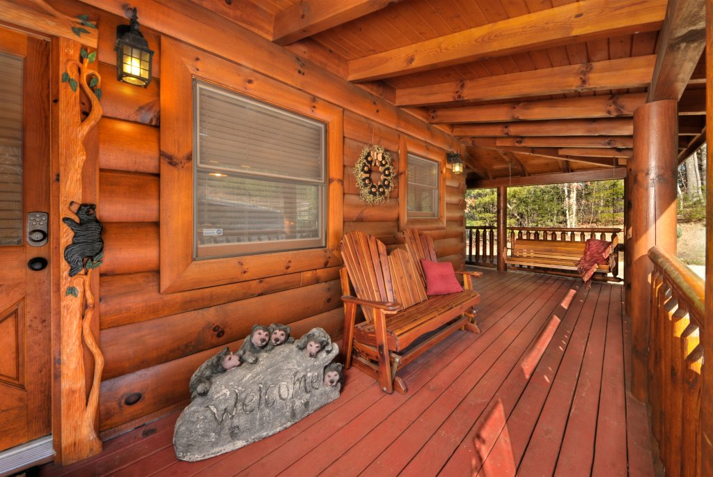 Photo of a Pigeon Forge Cabin named Enchanted Forest - This is the twenty-seventh photo in the set.