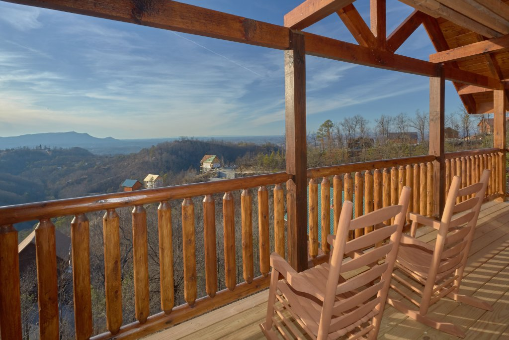 Photo of a Pigeon Forge Cabin named Panoramic Views - This is the sixth photo in the set.