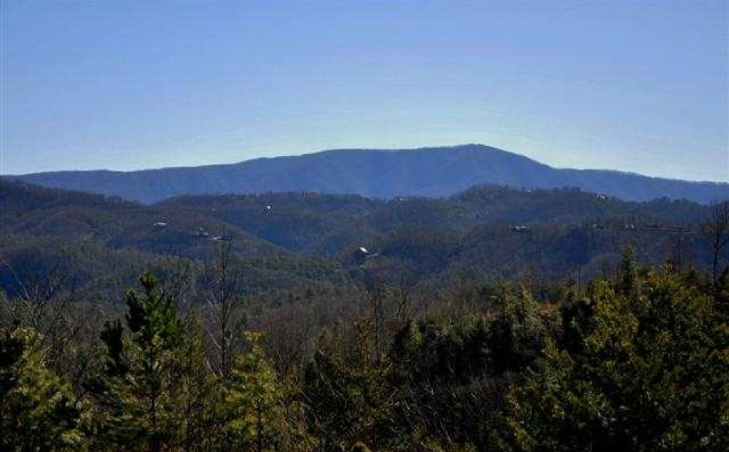 Photo of a Pigeon Forge Cabin named Mountaintop Paradise - This is the fifty-third photo in the set.