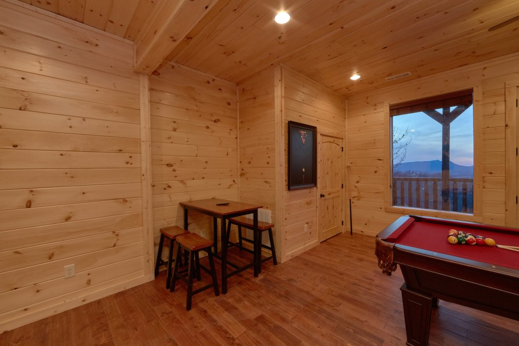 Photo of a Pigeon Forge Cabin named Panoramic Views - This is the tenth photo in the set.