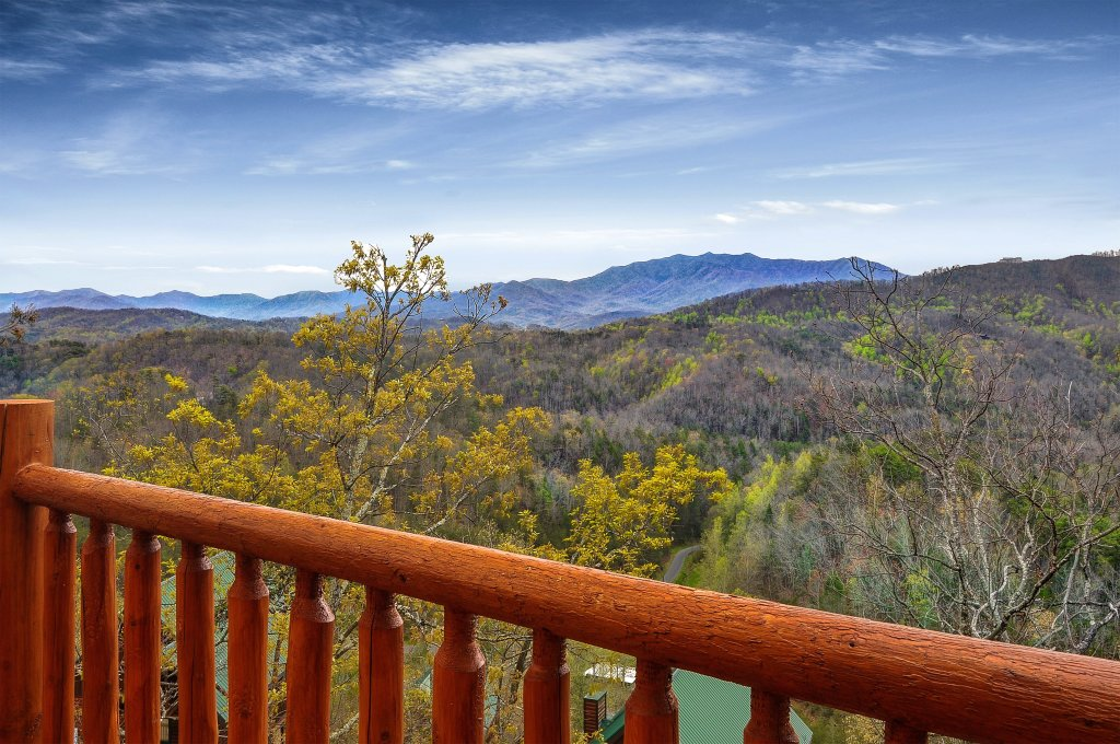 Photo of a Pigeon Forge Cabin named Kings Mountain Lodge - This is the twenty-fifth photo in the set.