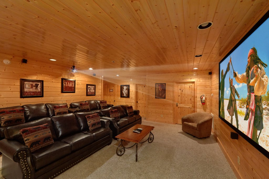 Photo of a Pigeon Forge Cabin named Vista Lodge - This is the sixth photo in the set.