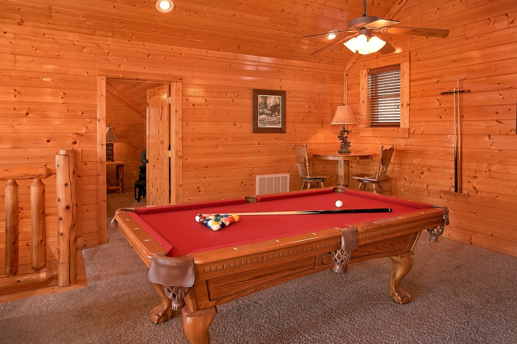 Photo of a Pigeon Forge Cabin named Vista Lodge - This is the eighth photo in the set.