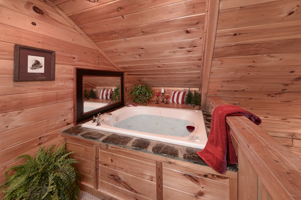 Photo of a Pigeon Forge Cabin named Serendipity - This is the seventeenth photo in the set.